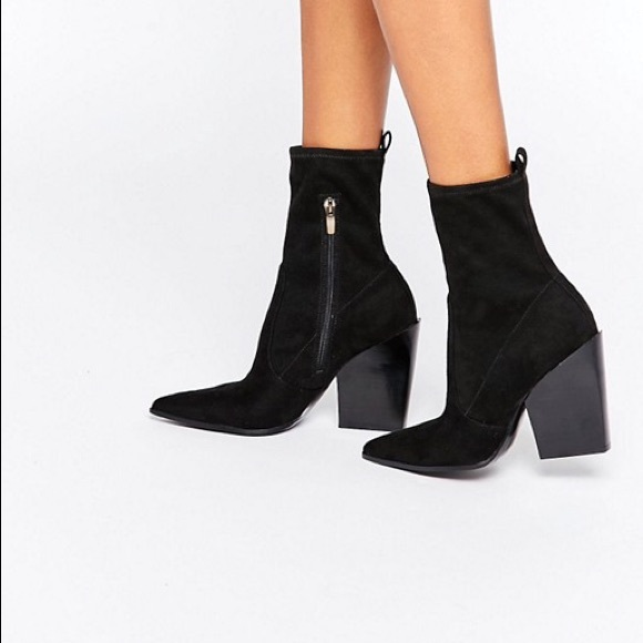 Kendall Kylie Black Suede Ankle Boots